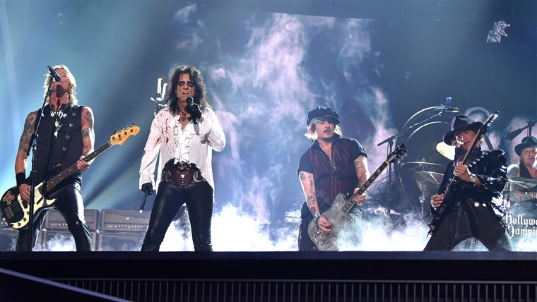 Дуфф McKagan, singer Alice Cooper, actor/musician Johnny Depp, musician Joe Perry