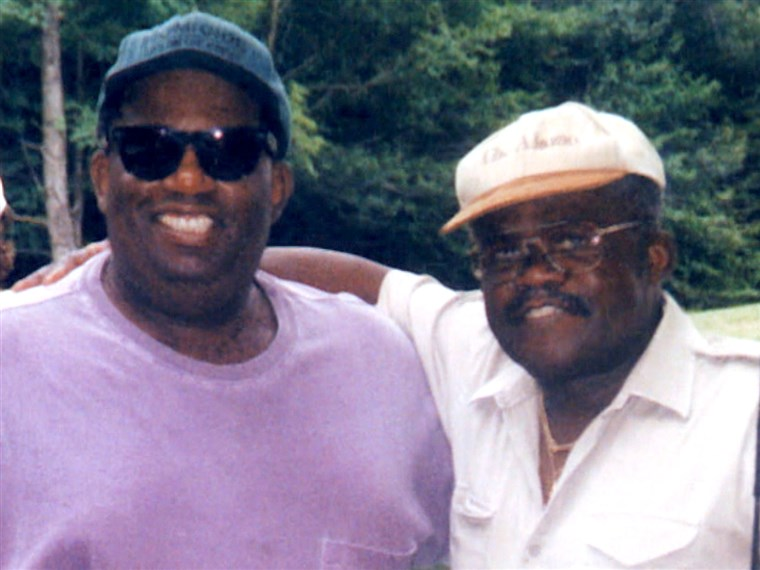 Ал with his late father Al Roker Sr.