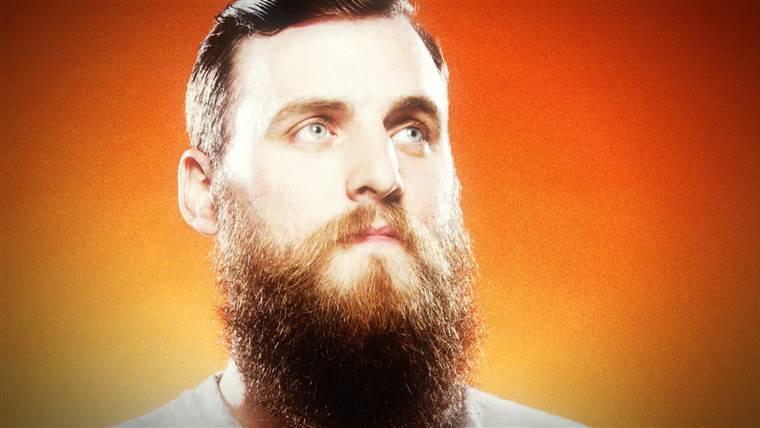 Imi cresc fire de par in barba