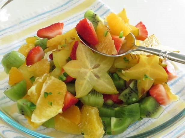 Тропицал fruit salad with sweet and spicy dressing from Garlic and Zest