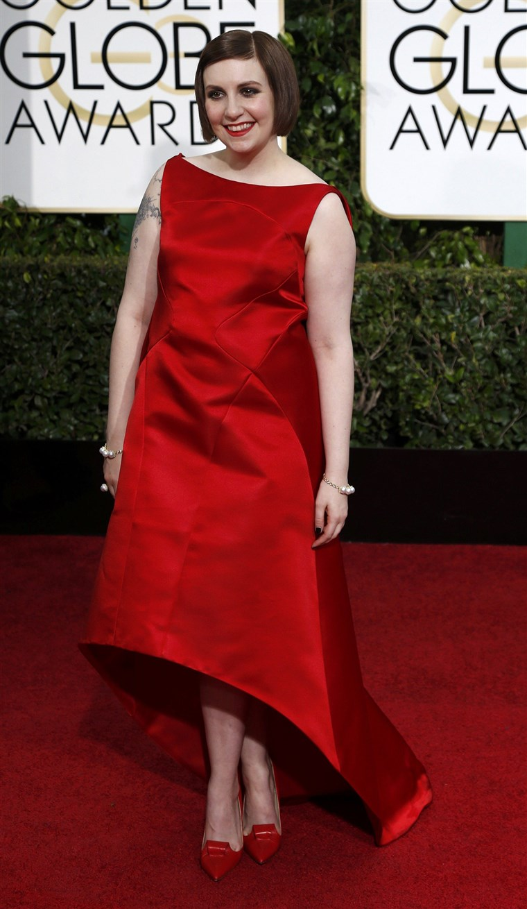 Глумица Lena Dunham arrives at the 72nd Golden Globe Awards in Beverly Hills