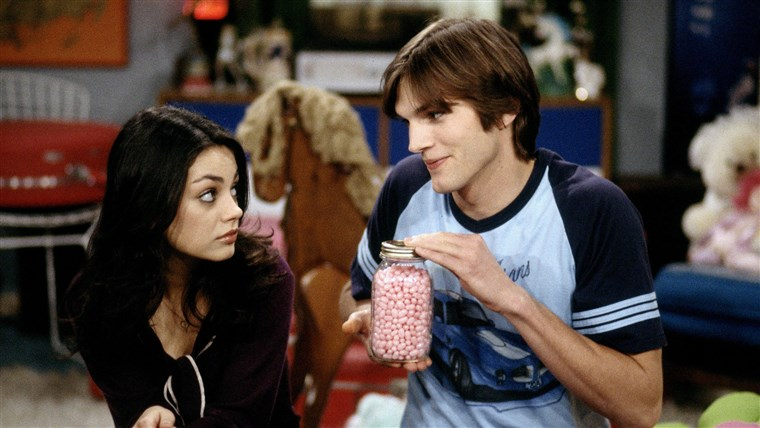 Imagine: MILA KUNIS & ASHTON KUTCHER THAT '70S SHOW (1998)