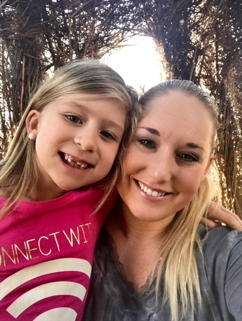 Rolis North Carolina mom Amber Petersen, wants other kids like her daughter Brooklyn, 7, to be safe while playing Roblox.