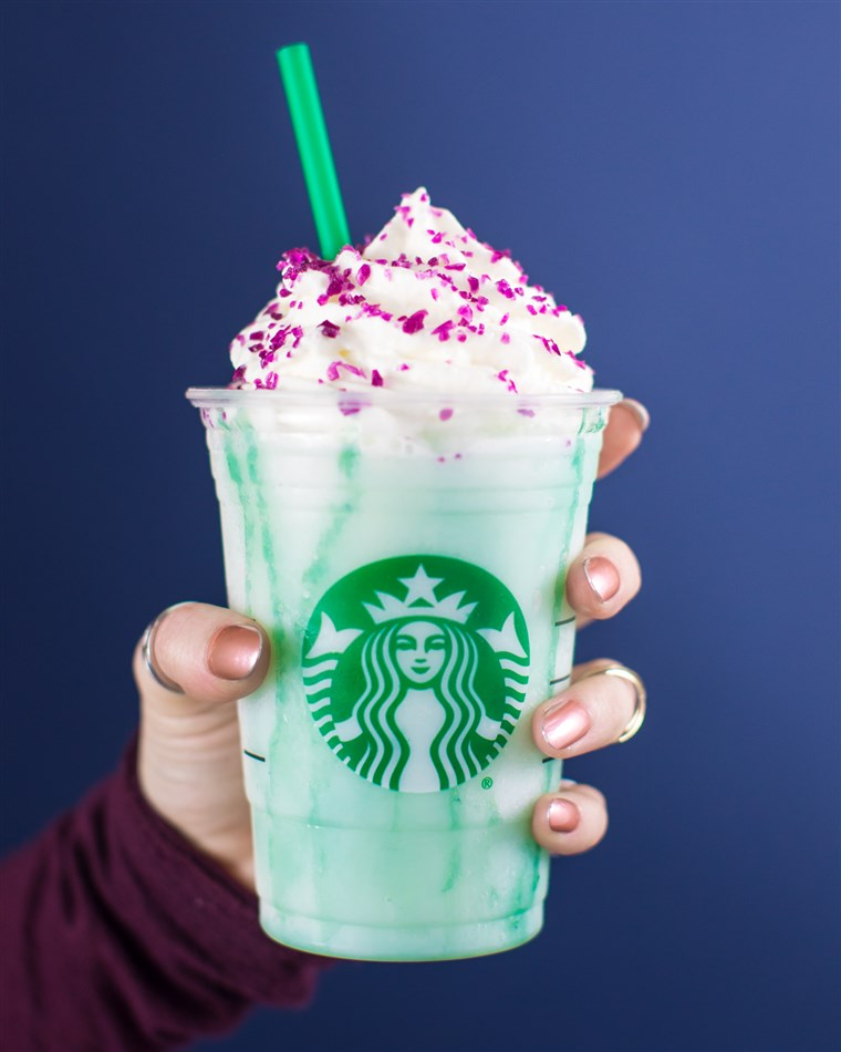 De Crystal Ball Frappuccino will only be available for four days.