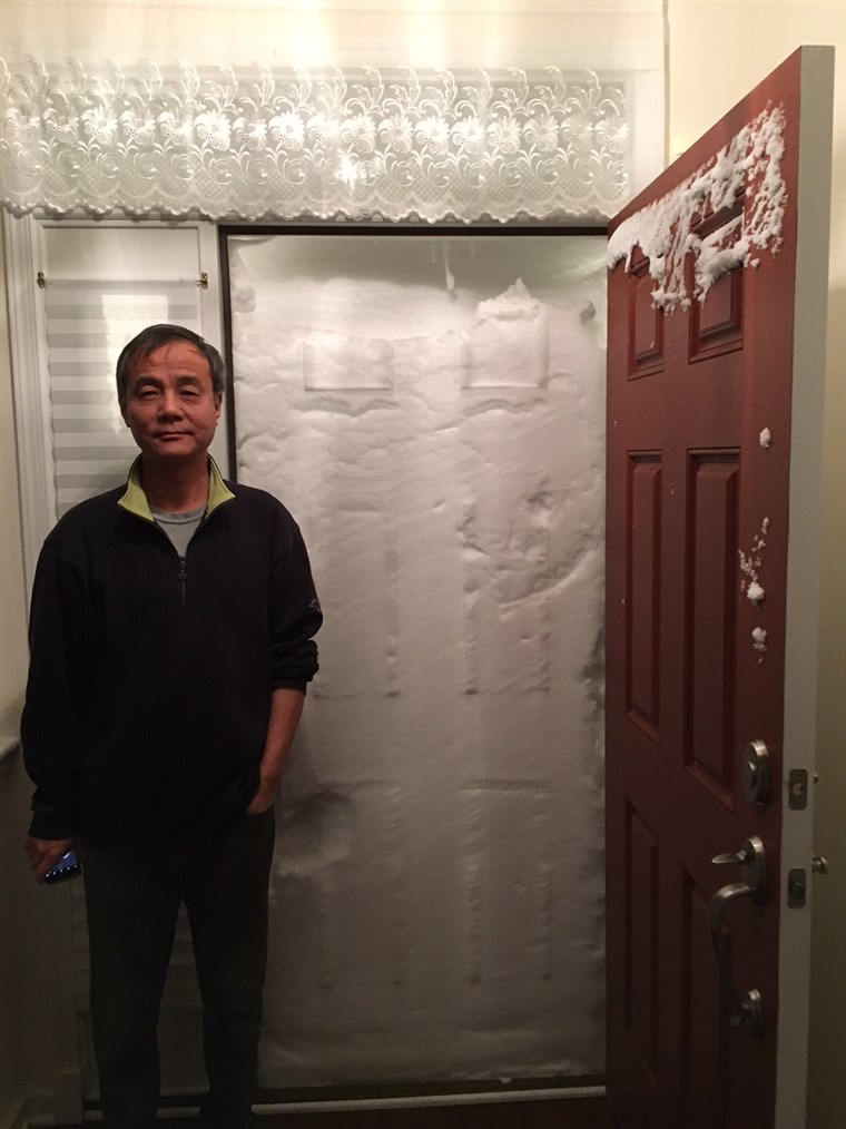 Naujas Jersey couple's home gets snowed in after blizzard
