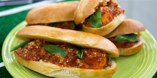 Kalkon Meatball Hero Sandwiches