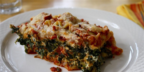 Care gateste incet Spinach Lasagna