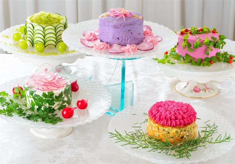 Grupp of salad cakes