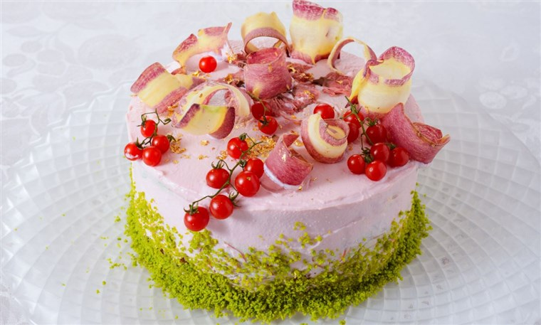 Sallad cake from Vegedeco Cafe