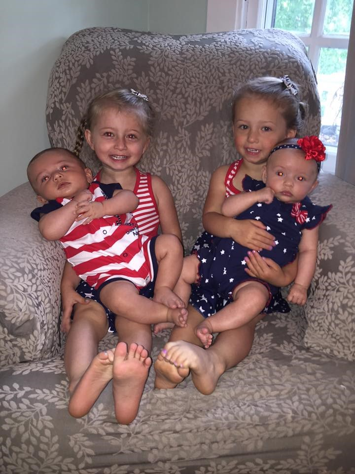 "Мама Kristan Levy writes on Facebook, ""Our two sets of twins were both surprise twins (no family history and no medication) and are only 2 years apart! All fraternal and love each other to the ends of the earth. Sharing is another story!"""